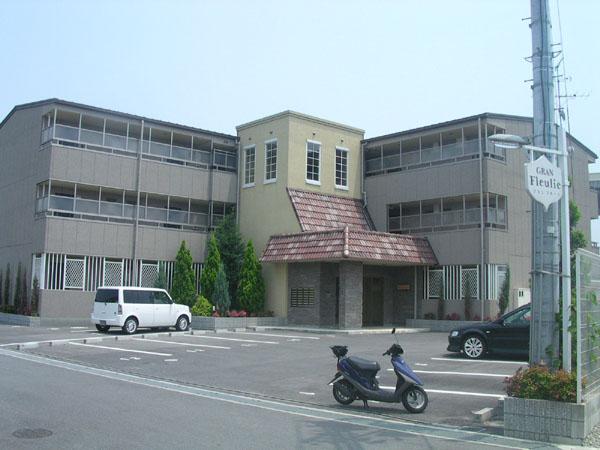 2口ガスコンロ設置可。オートロック付きで一人暮らしも安心。大阪府堺市中区東八田