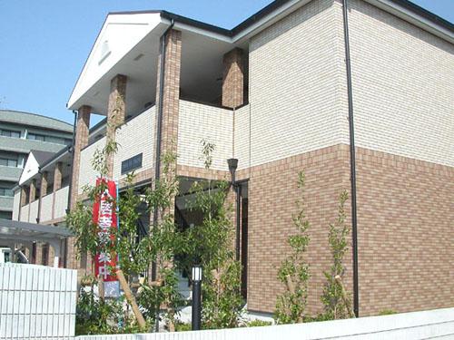 独立洗面台が好評です。2口ガスコンロ対応キッチンです。大阪府堺市北区百舌鳥赤畑町3丁