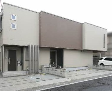 なかもず駅まで徒歩15分のアクセス。駐車場2台つき。シャーメゾンライフが待ってます。大阪府堺市北区金岡町