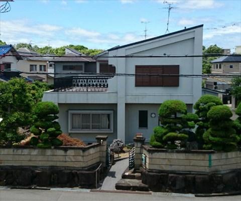 高齢者にも安心の手すり付。広いお庭あります。大阪府堺市南区桃山台1丁
