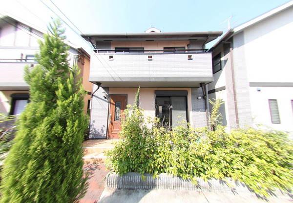 ゆとりある3LDK。駐車スペースも2台付。大阪府堺市北区長曾根町