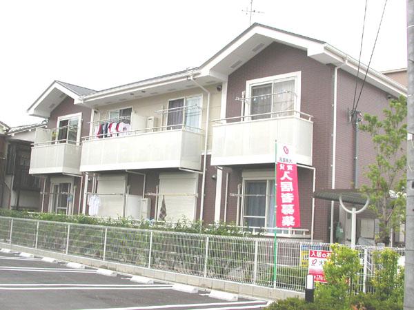 広めの洋室が魅力です。学生さんから社会人の方までおすすめです。大阪府堺市中区深井清水町