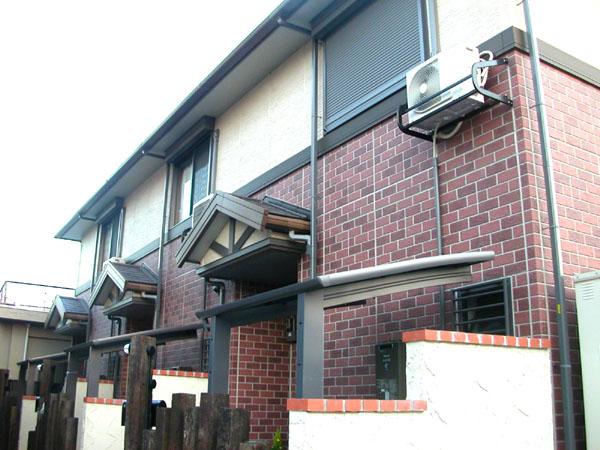 広々9帖洋室、リビング14帖です。 今流行のタウンハウスタイプ。大阪府堺市北区百舌鳥陵南町1丁