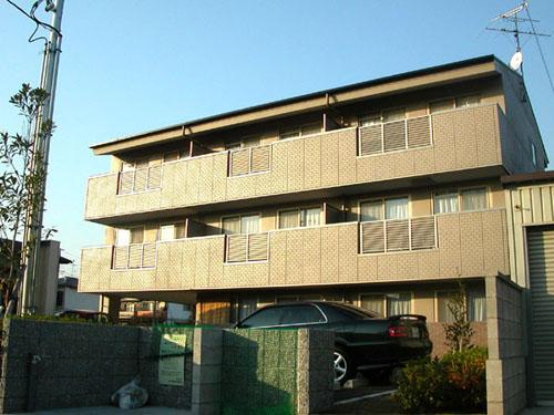 南向きで日当たり良好。新婚さんにもおすすめです。大阪府堺市北区大豆塚町2丁